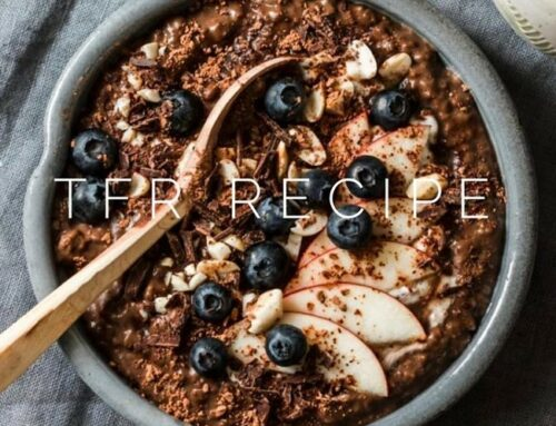 Healthy Breakfast Recipe: Protein Packed Oats with Apple & Blueberry